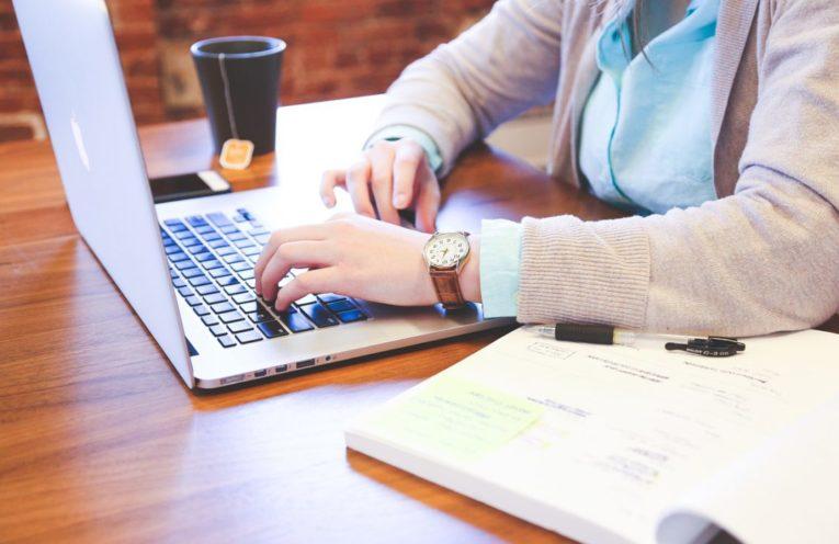 buy essay writing online